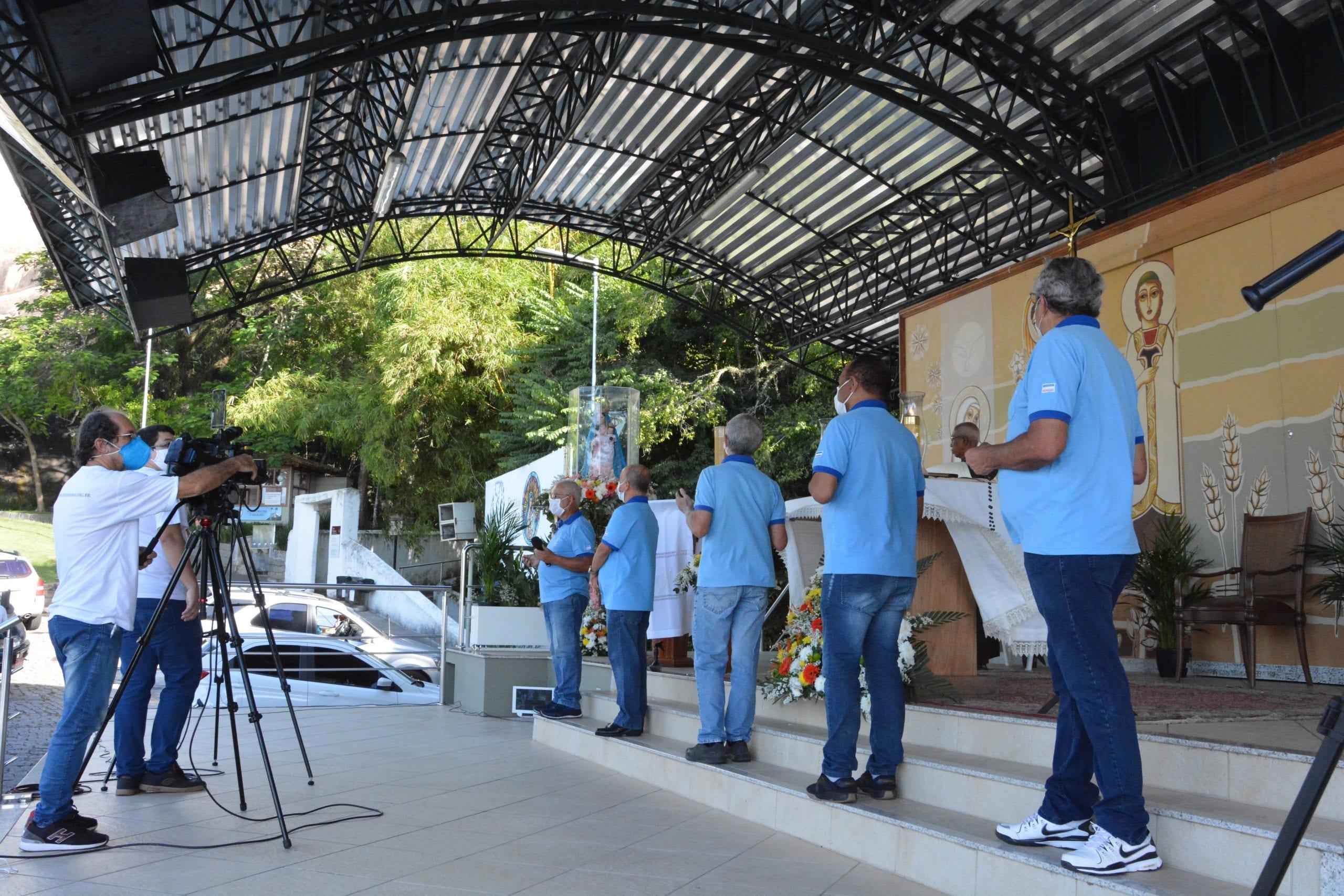 Homens vão rezar o Terço no Convento em honra à Nossa Senhora das Graças