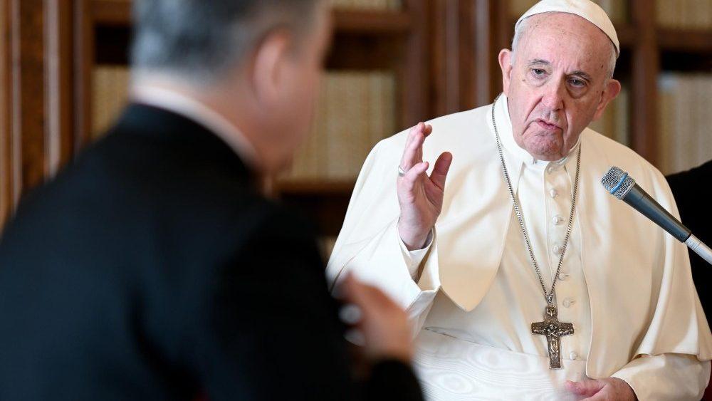 Papa: a Igreja não é um mercado, a Igreja é obra do Espírito Santo
