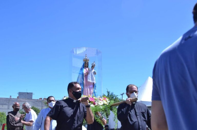 #Tbt: Visita da Imagem de Nossa Senhora da Penha ao hospital na Serra-ES