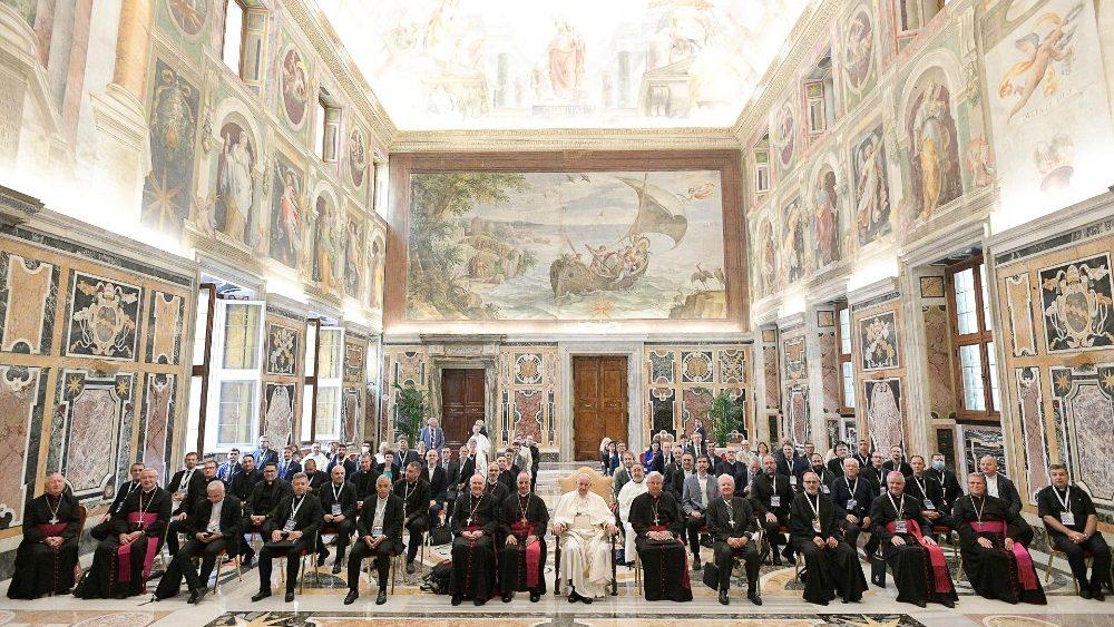 """Papa Francisco: """"Na evangelização sejam apaixonados e criativos"""""""
