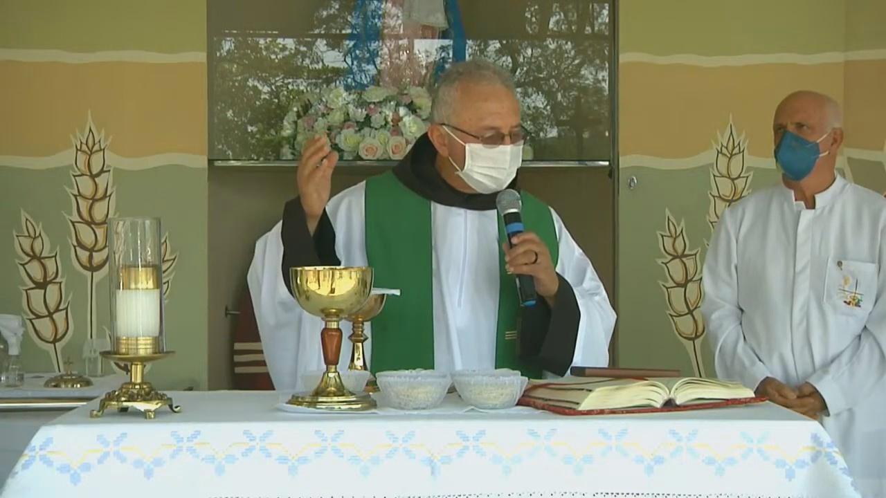 """Frei Paulo César: """"a Igreja é comunidade de serviço, de caridade e de inclusão"""""""